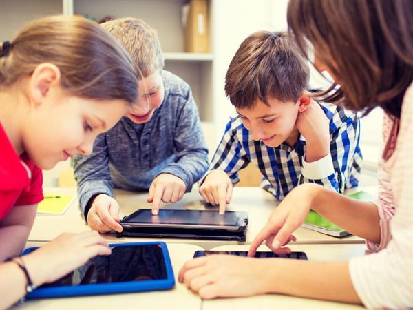 Google ønsker at barn skal lære klok bruk av Internettet